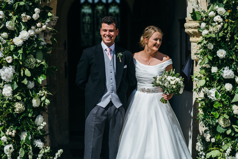 Florals by Foxy Buds for a beautiful English wedding near Bath, image credit Simon Biffen Photography (19)