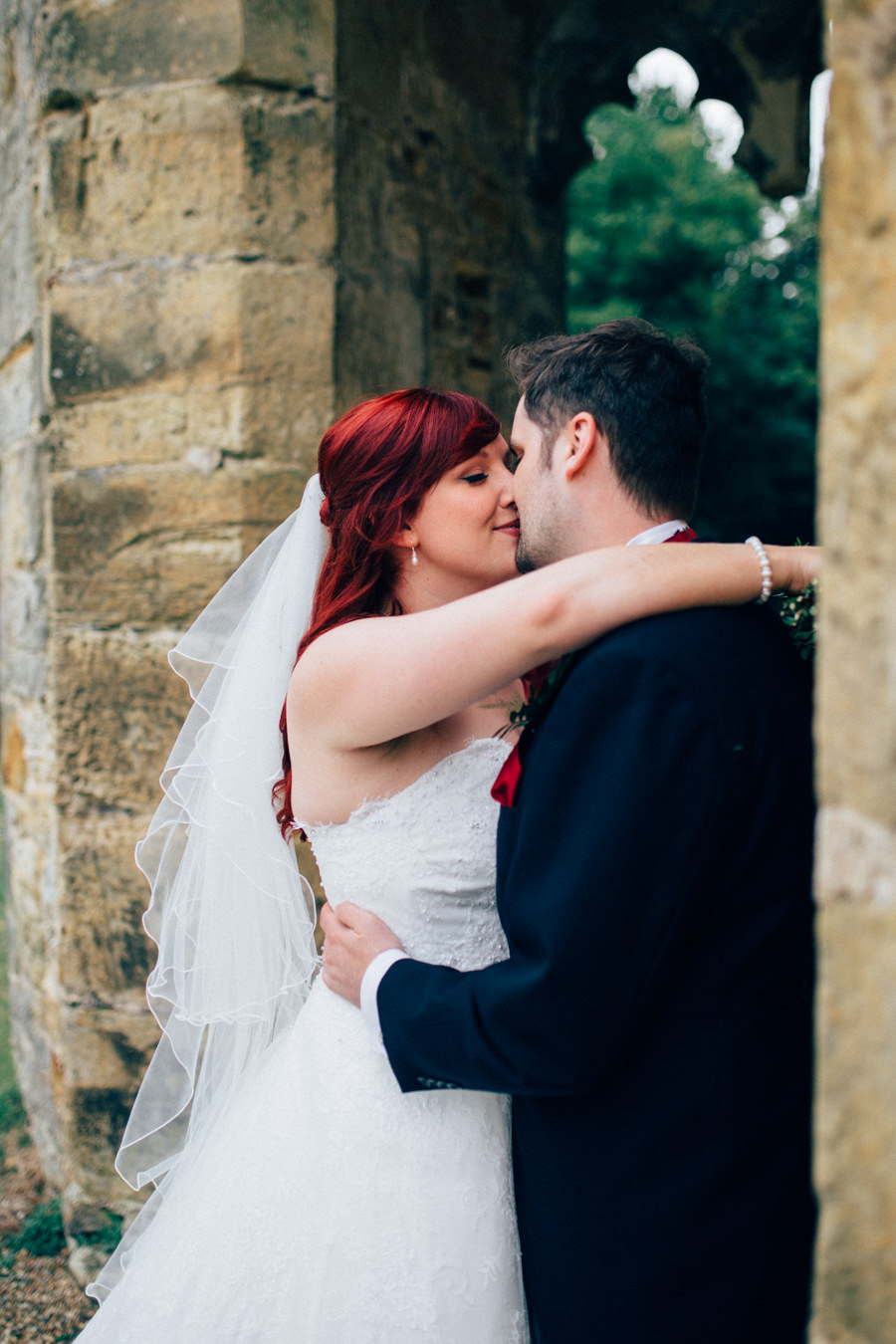 A stunning wedding in Hastings with a gorgeous redhead bride, images by Nikki van der Molen (28)