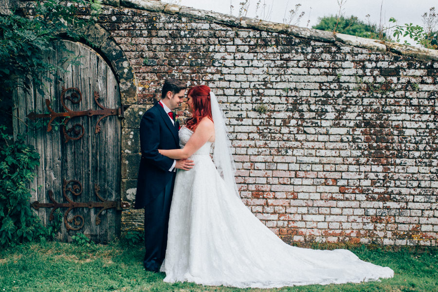A stunning wedding in Hastings with a gorgeous redhead bride, images by Nikki van der Molen (29)