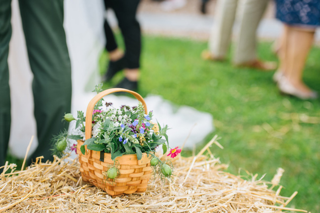 Pretty English barn wedding blog with Penny Young Photography (25)