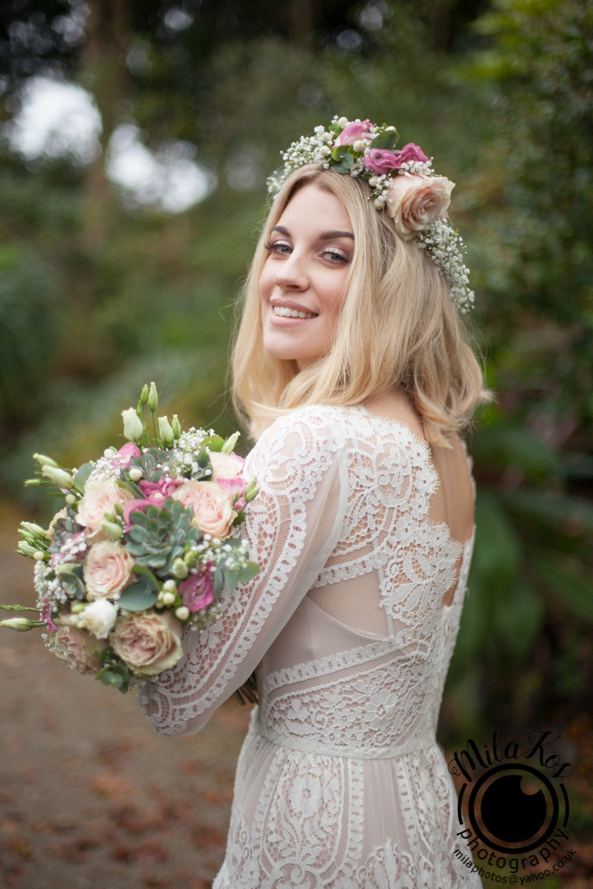 Dusty pink and blue wedding inspiration with Mila Kos on the English Wedding Blog (11)