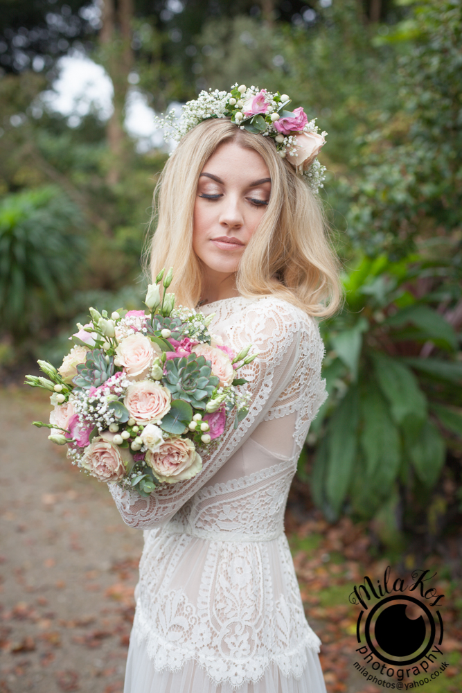 Dusty pink and blue wedding inspiration with Mila Kos on the English Wedding Blog (13)