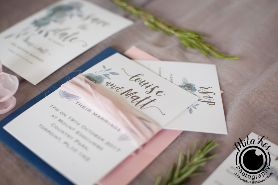 Dusty pink and blue wedding inspiration with Mila Kos on the English Wedding Blog (19)