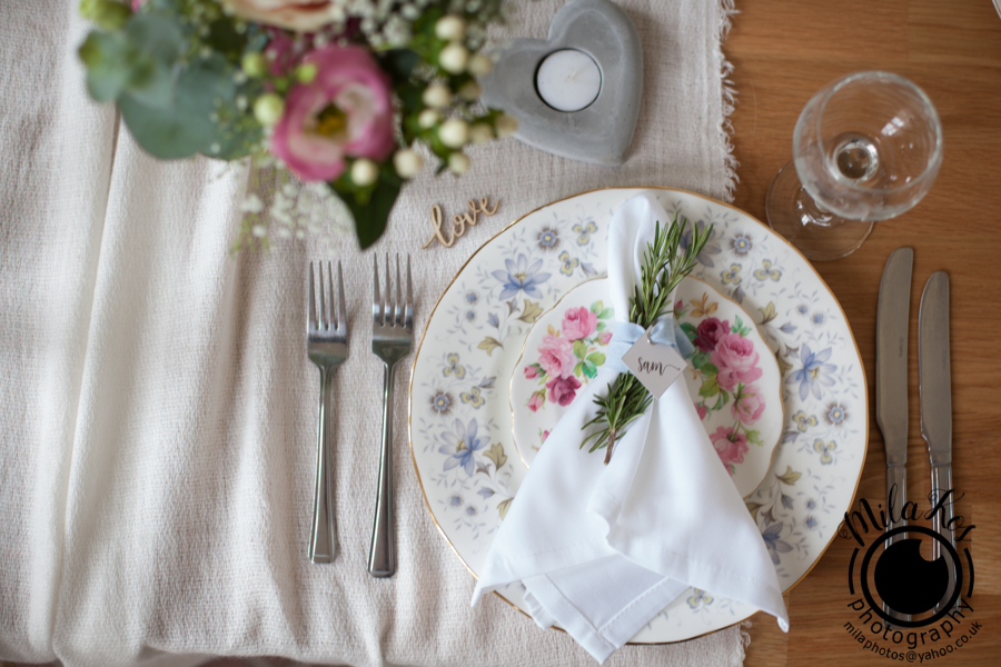 Dusty pink and blue wedding inspiration with Mila Kos on the English Wedding Blog (21)