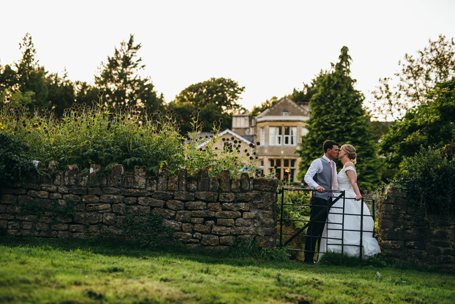 Florals by Foxy Buds for a beautiful English wedding near Bath, image credit Simon Biffen Photography (14)