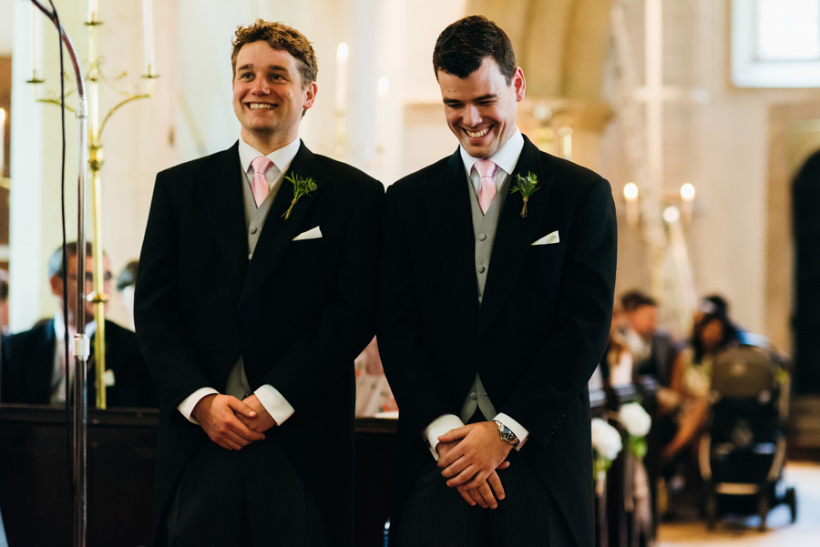 Florals by Foxy Buds for a beautiful English wedding near Bath, image credit Simon Biffen Photography (22)