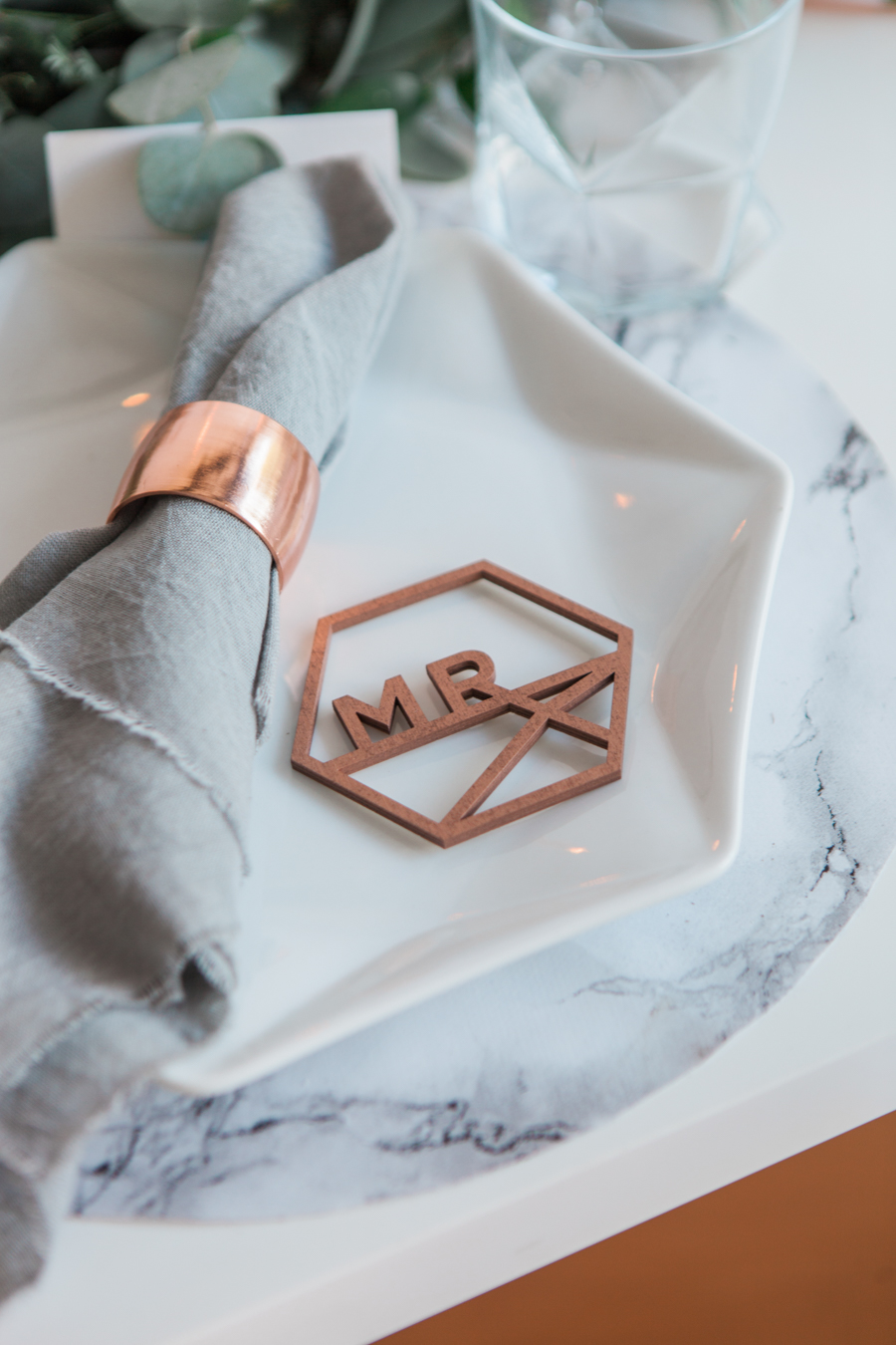 Copper metallic and succulent wedding style ideas, images by Amanda Karen Photography (19)