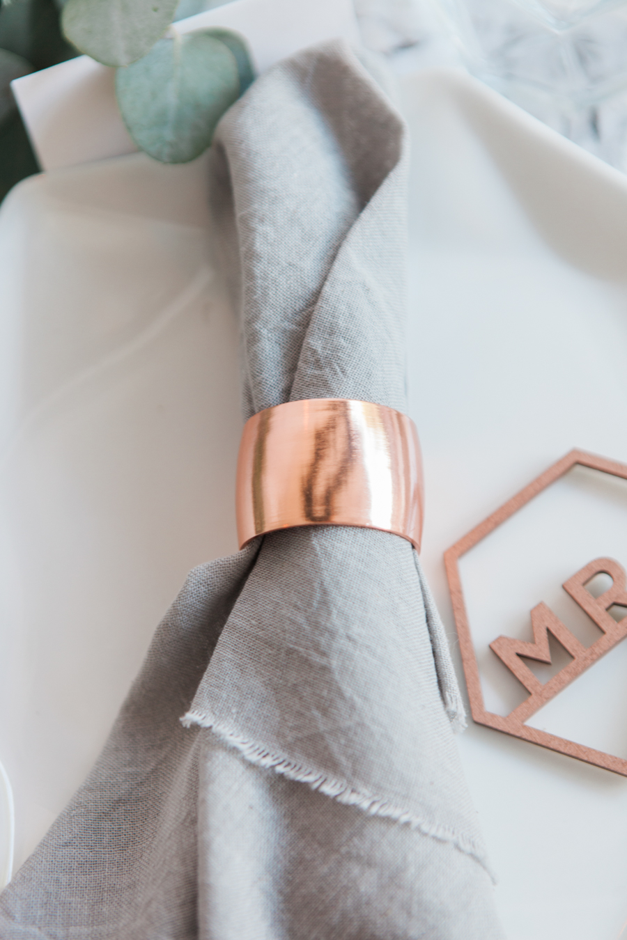 Copper metallic and succulent wedding style ideas, images by Amanda Karen Photography (11)