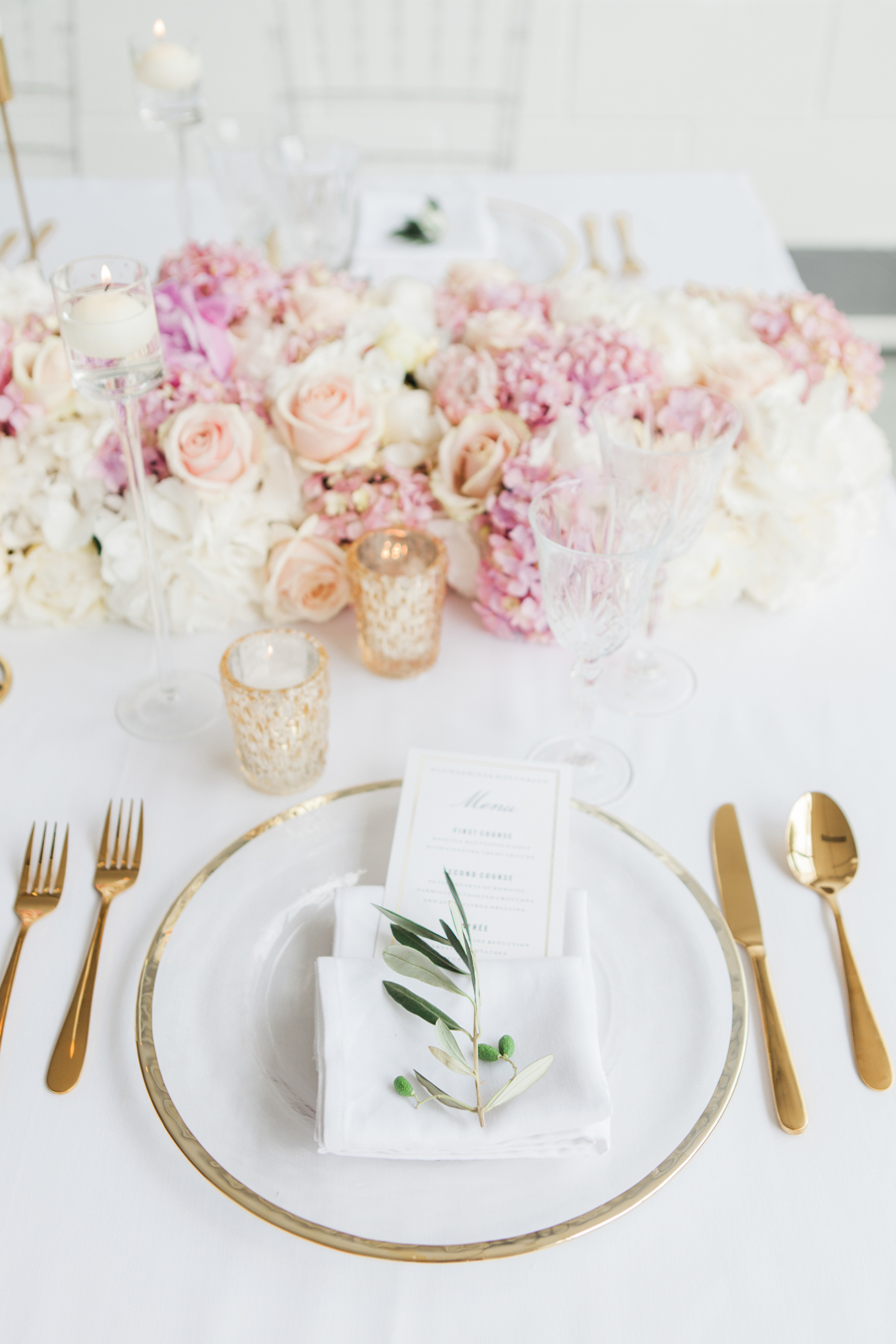 Blush gold feminine wedding styling, image credit Amanda Karen Photography (1)