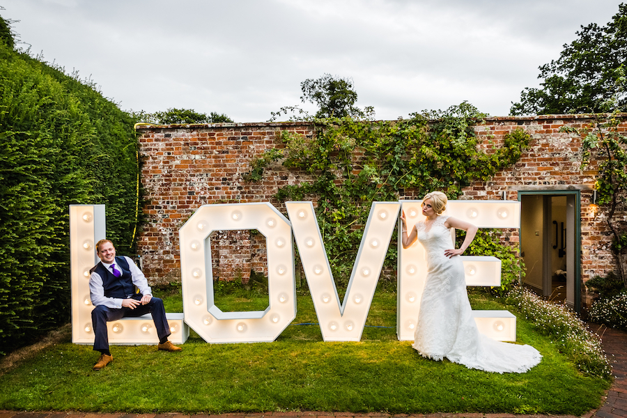 Sunflower filled wedding at Glemham Hall with Ayshea Goldberg Photography (6)