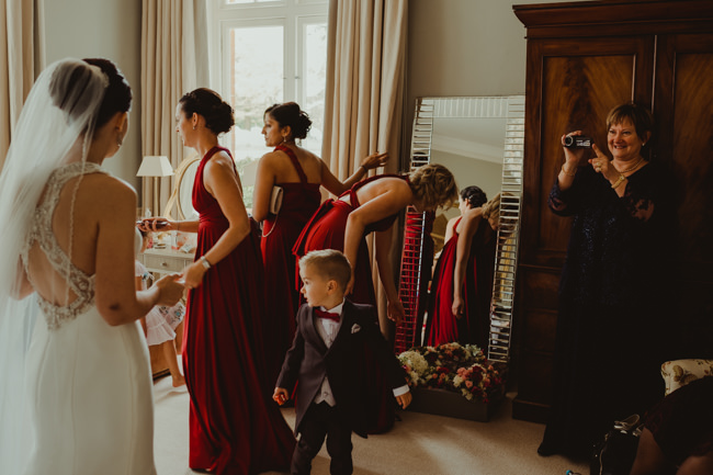 Cambridge wedding inspiration from Chippenham Park with Lee Allison Photography (9)