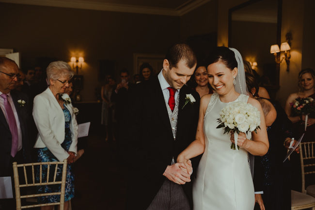 Cambridge wedding inspiration from Chippenham Park with Lee Allison Photography (13)