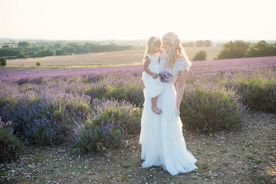 lavender wedding inspiration (28)