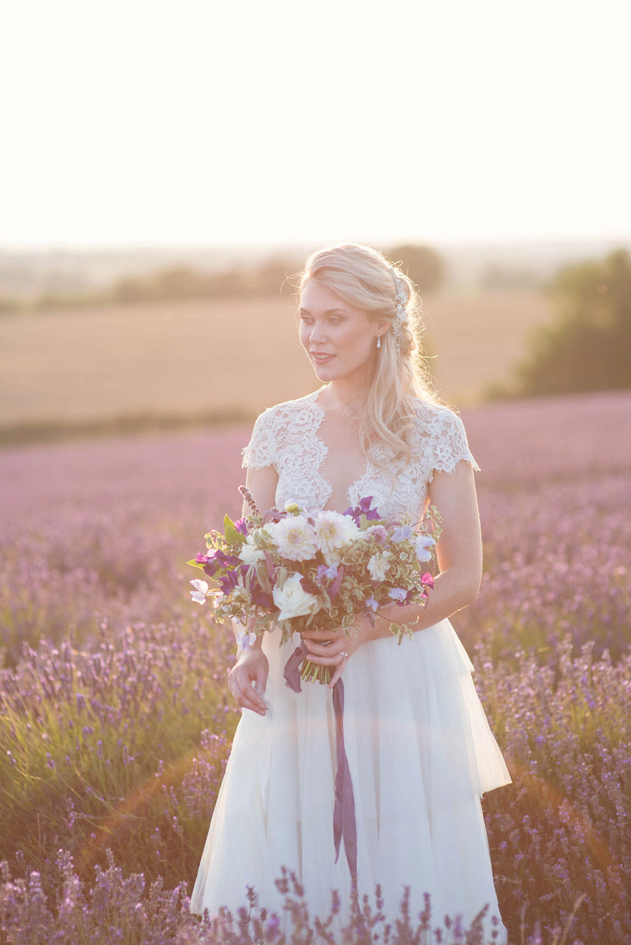 lavender wedding inspiration (32)