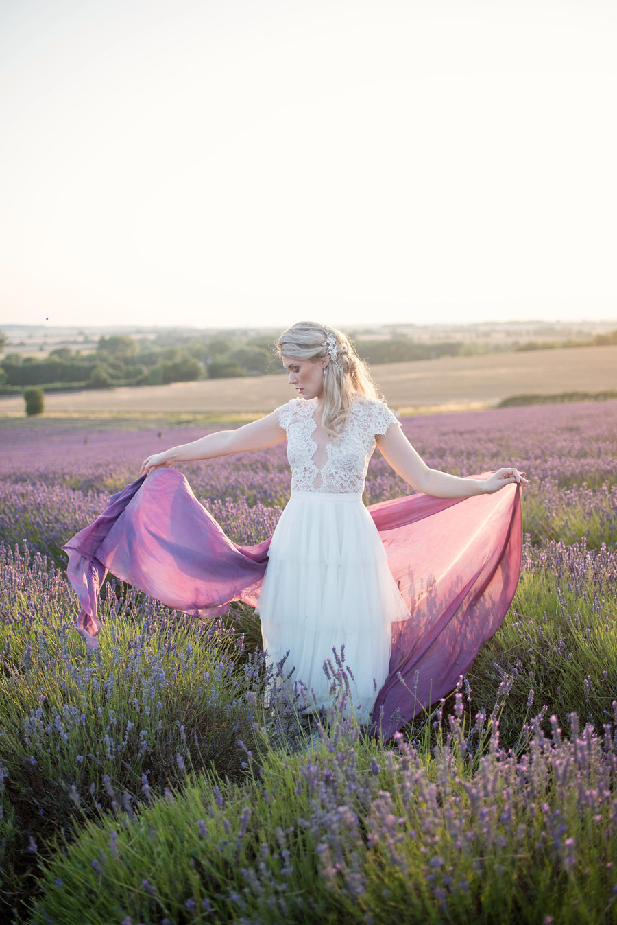lavender wedding inspiration (35)