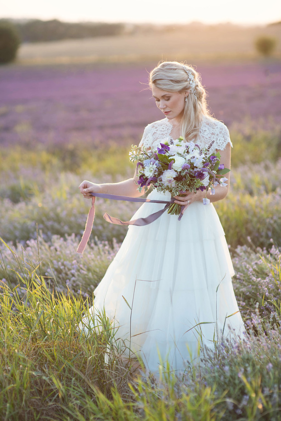 lavender wedding inspiration (38)