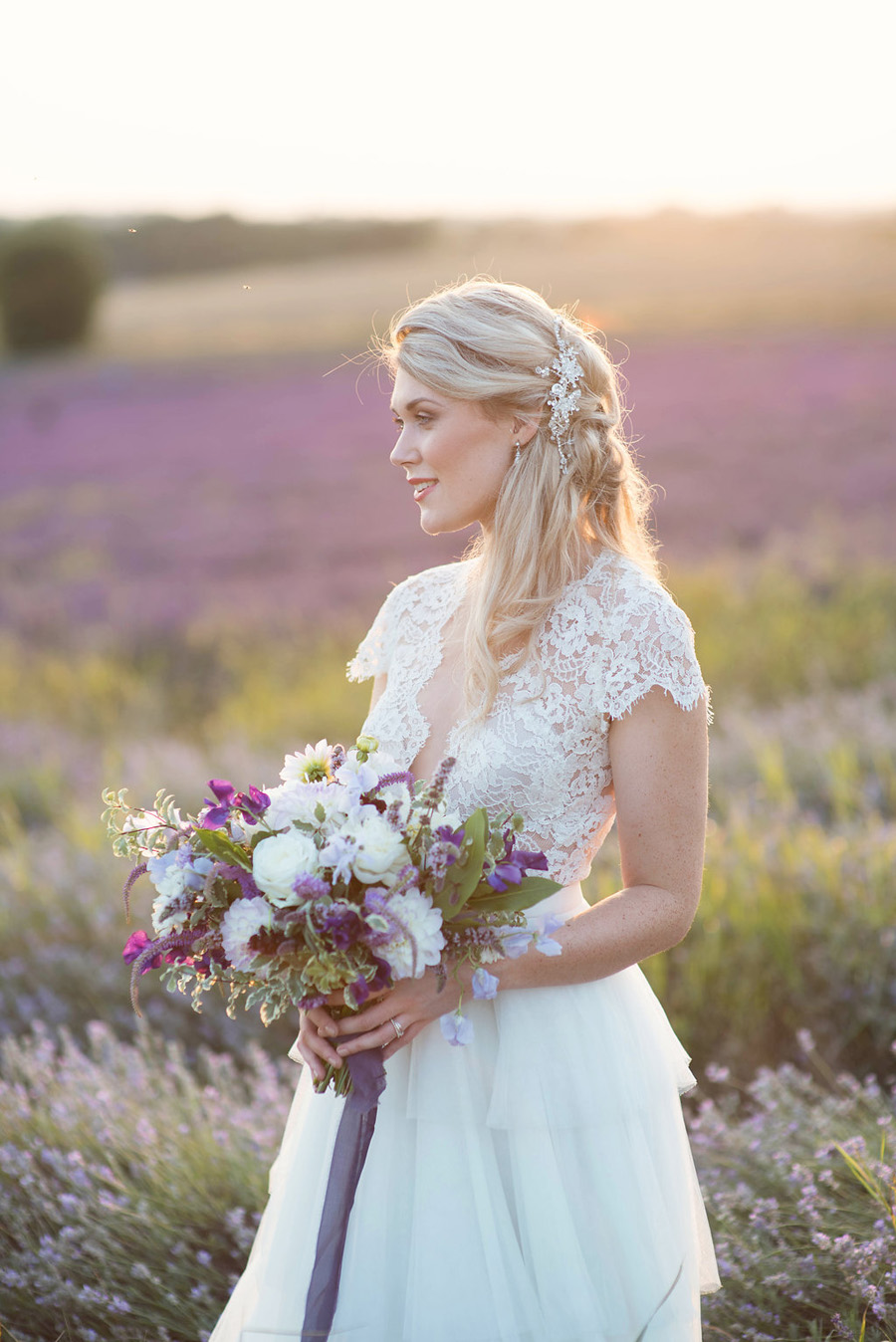 lavender wedding inspiration (39)