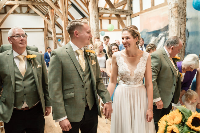 Sunflowers and tipi wedding style at the Henry Moore Foundation Hertfordshire with Becky Harley Photography (8)