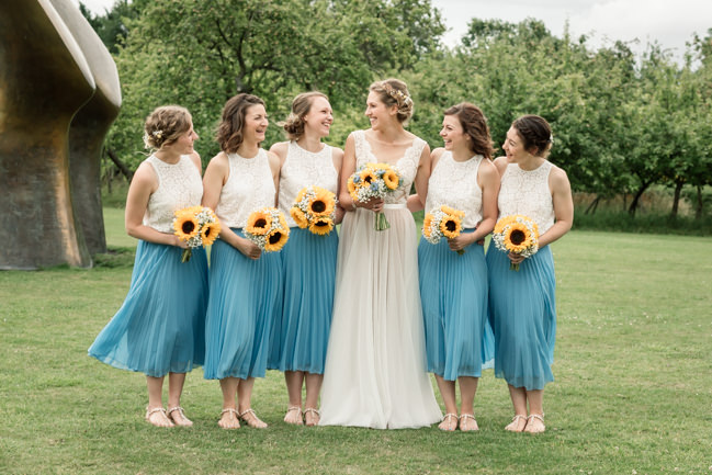 Sunflowers and tipi wedding style at the Henry Moore Foundation Hertfordshire with Becky Harley Photography (10)