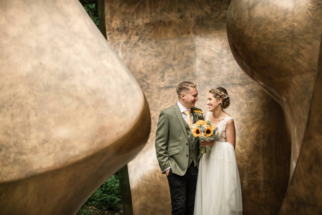 Sunflowers and tipi wedding style at the Henry Moore Foundation Hertfordshire with Becky Harley Photography (26)