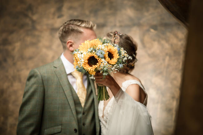 Sunflowers and tipi wedding style at the Henry Moore Foundation Hertfordshire with Becky Harley Photography (27)