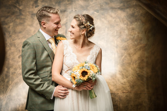Sunflowers and tipi wedding style at the Henry Moore Foundation Hertfordshire with Becky Harley Photography (28)