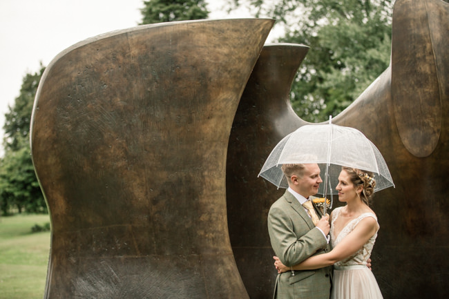 Sunflowers and tipi wedding style at the Henry Moore Foundation Hertfordshire with Becky Harley Photography (30)