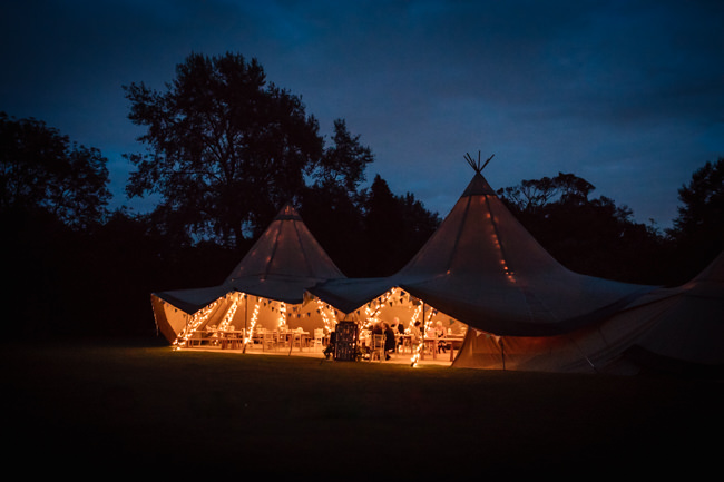 Sunflowers and tipi wedding style at the Henry Moore Foundation Hertfordshire with Becky Harley Photography (35)