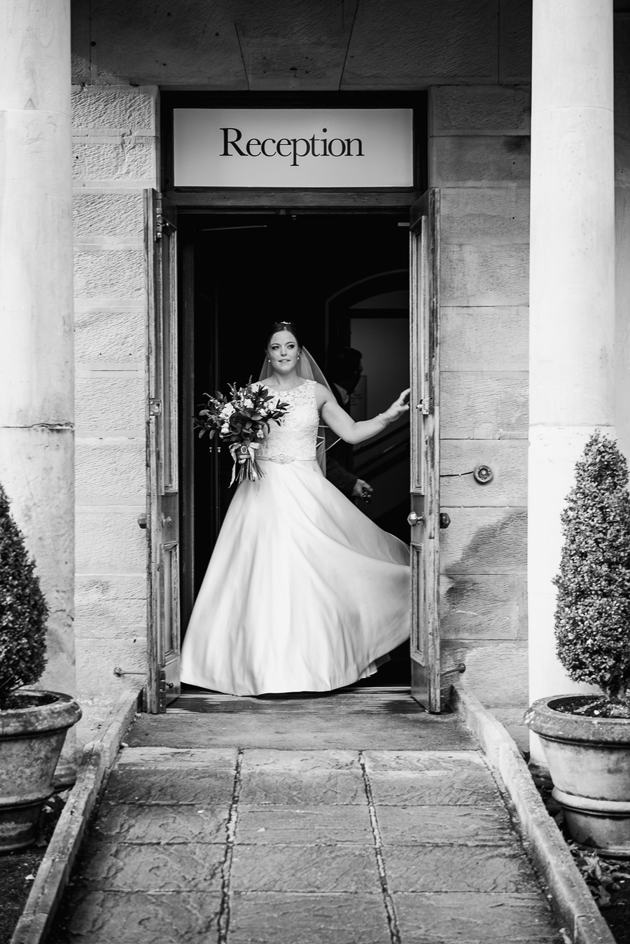 Stunning real wedding at Salomons Estate, images by Penny Young Photography (8)