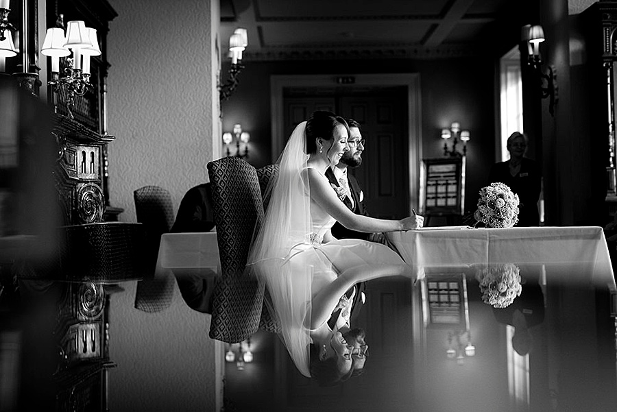 Prestwold Hall wedding in October, images by Matt Selby Photography (18)