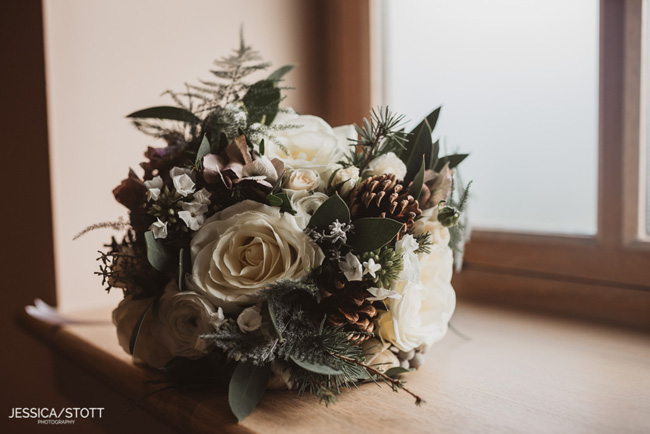 Gorgeous winter wedding style tips from The Soiree Stylists and Jessica Stott (1)