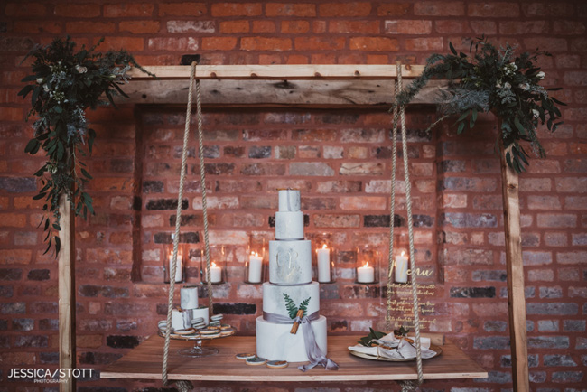 Gorgeous winter wedding style tips from The Soiree Stylists and Jessica Stott (18)