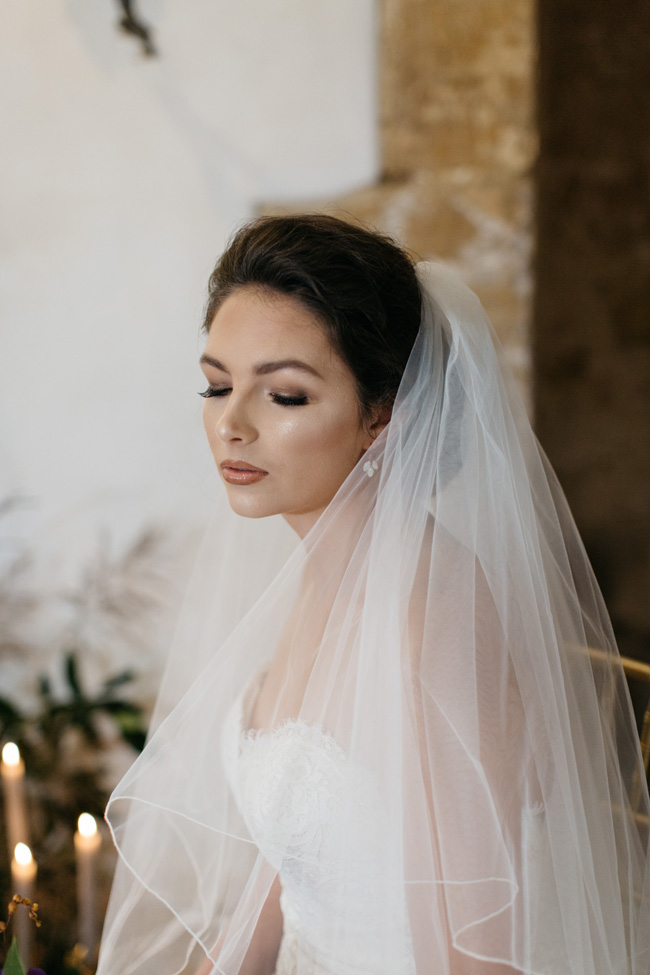 Dark wedding styling ideas for 2018 weddings, with Emma Barrow Photography (31)
