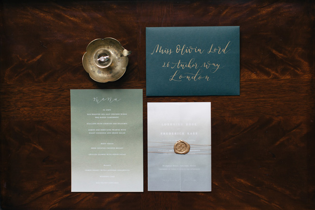 Dark wedding styling ideas for 2018 weddings, with Emma Barrow Photography (1)