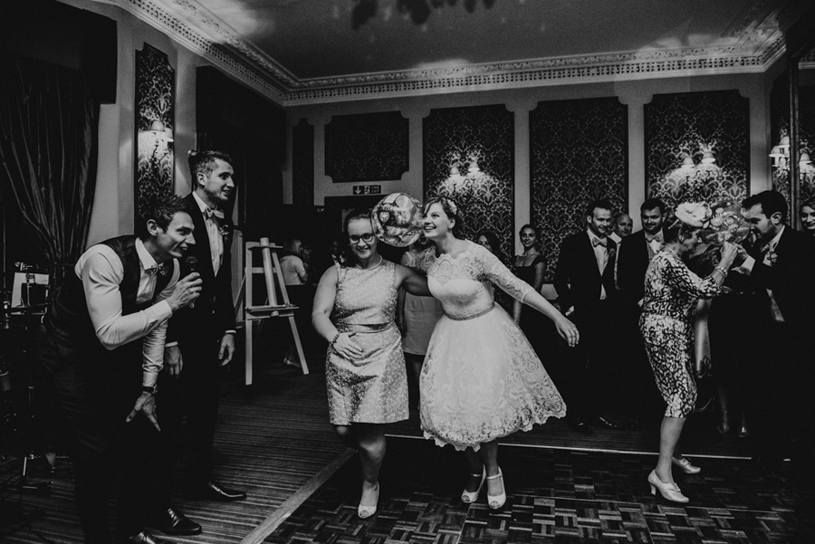 Beautiful Somerset wedding by Special Day Wedding Photos (28)