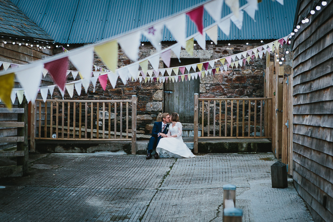 Cornwall wedding blog with Alexa Poppe Photography at The Green (32)