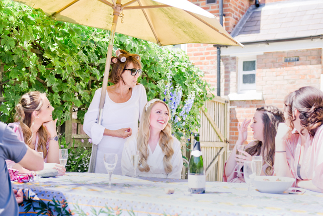 A gorgeous summer wedding at home, Laura-Jane Photography Essex (8)