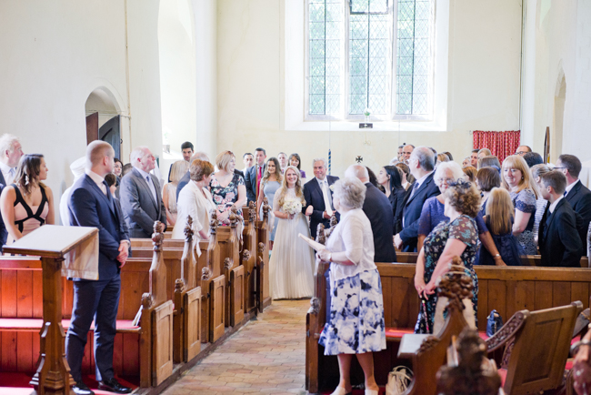 A gorgeous summer wedding at home, Laura-Jane Photography Essex (16)