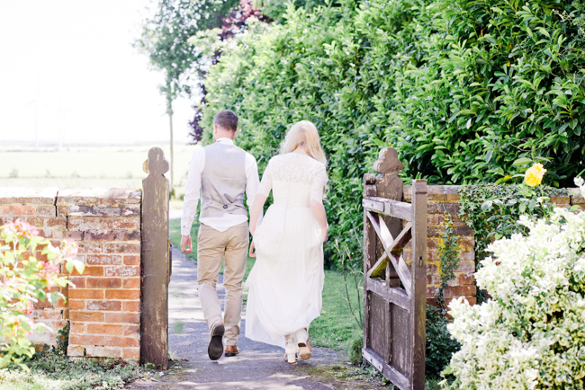 A gorgeous summer wedding at home, Laura-Jane Photography Essex (19)