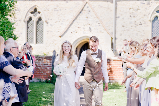 A gorgeous summer wedding at home, Laura-Jane Photography Essex (20)