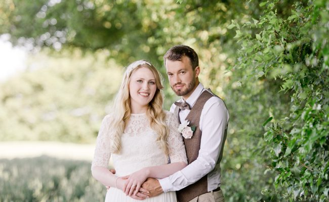 A gorgeous summer wedding at home, Laura-Jane Photography Essex (21)