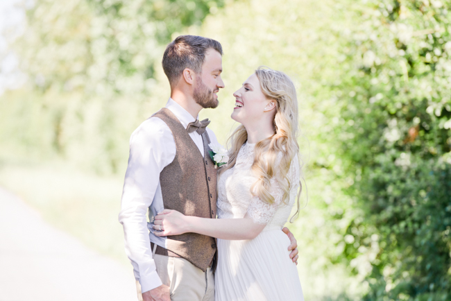 A gorgeous summer wedding at home, Laura-Jane Photography Essex (23)