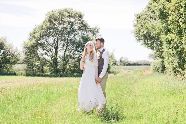 A gorgeous summer wedding at home, Laura-Jane Photography Essex (25)
