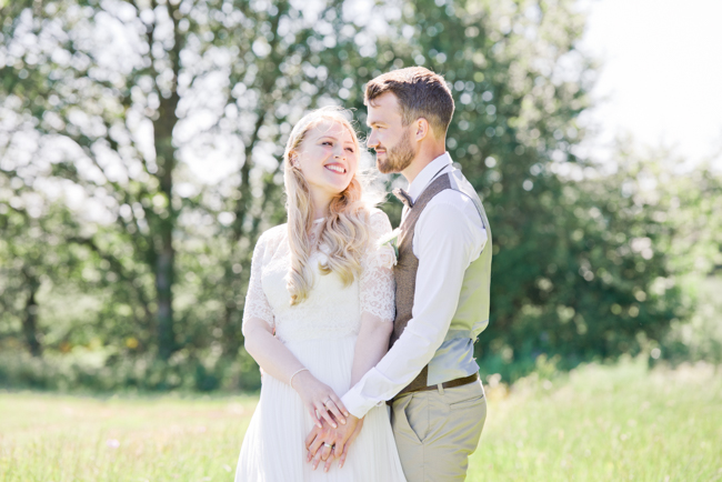 A gorgeous summer wedding at home, Laura-Jane Photography Essex (26)