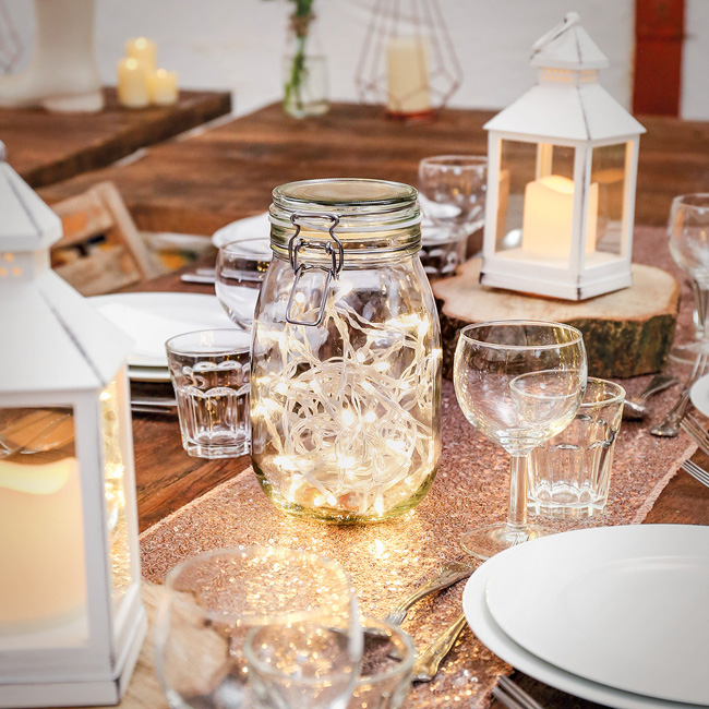 wedding styling ideas with lights (7)