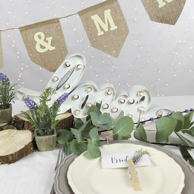 wedding styling ideas with lights (5)