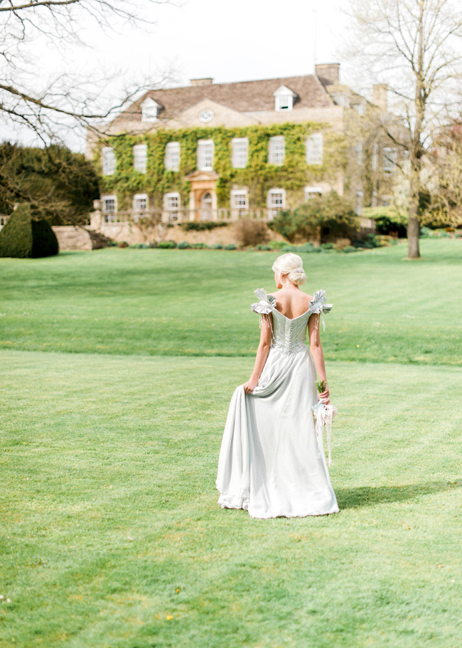 Cornwell Manor wedding styling, pastel blue wedding ideas, Kate Nielen Photography (2)
