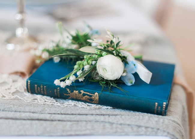 Cornwell Manor wedding styling, pastel blue wedding ideas, Kate Nielen Photography (22)
