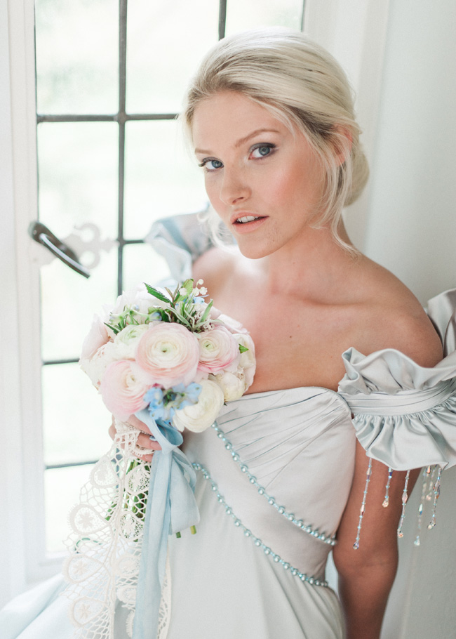 Cornwell Manor wedding styling, pastel blue wedding ideas, Kate Nielen Photography (12)