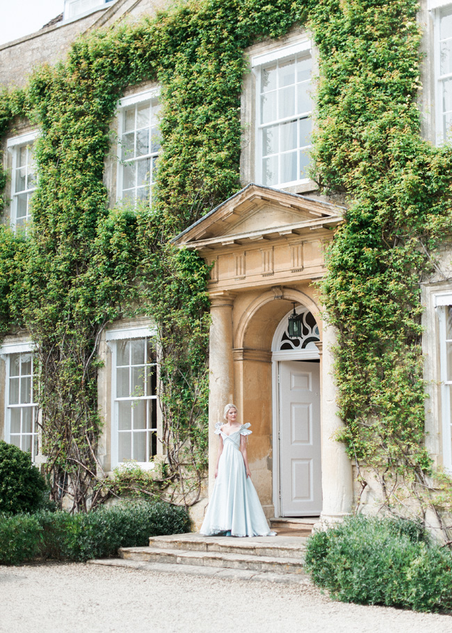 Cornwell Manor wedding styling, pastel blue wedding ideas, Kate Nielen Photography (4)